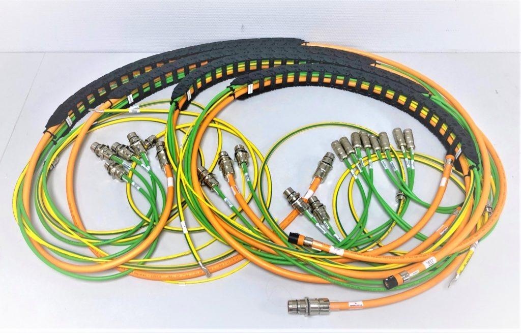 Chaine porte câbles équipée